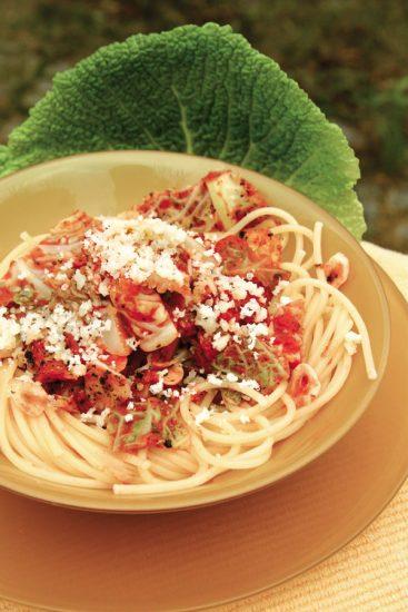 Spaghetti mit Tomatenwirsing