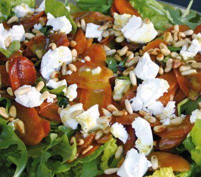 Winterlicher Salat mit marinierten Möhren